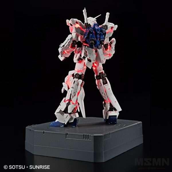 rg-1144-unicorn-gundam-destroy-mode-lighting-model-vertwc_04