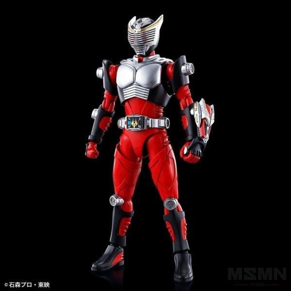 masked_rider_ryuki_01
