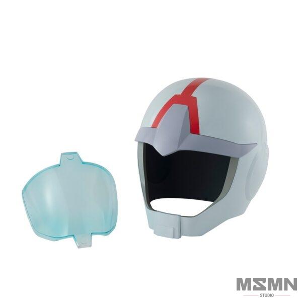 full_scale_normal-suit_helmet_04